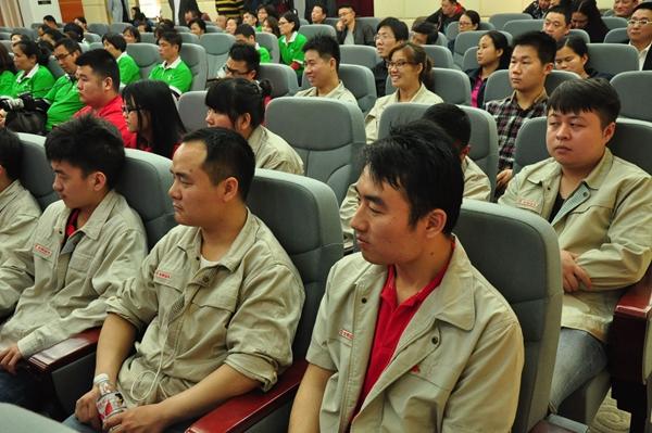 """""""工人阶级宣传月""""系列活动新闻发布会"""